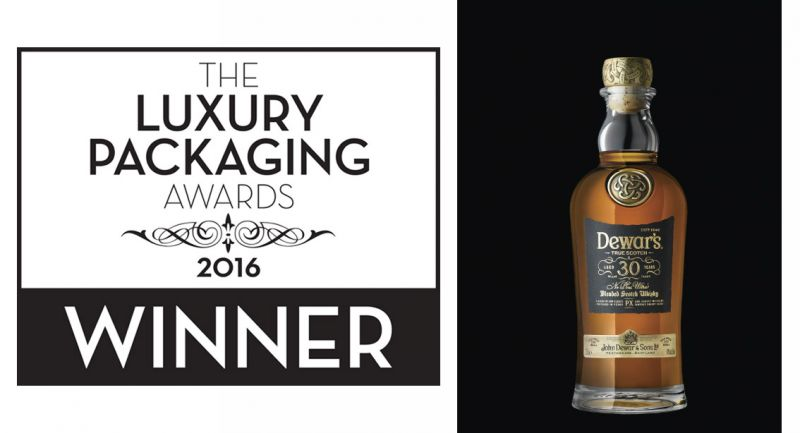 LA BOTTIGLIA DEWAR'S 30 YO NE PLUS ULTRA VINCITRICE DEL LUXURY PACKAGING AWARDS 2016, CATEGORIA DRINKS BOTTLE - LUXURY.
